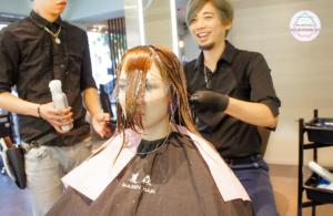 夏森髮型、台中燙髮、燙前護髮