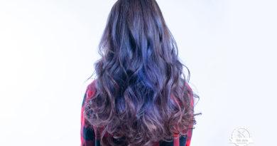 {台中染髮}髮根不漂色,染上乾燥花紫再挑染藍紫色,頭髮強健高質感